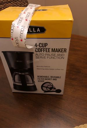 Coffee Maker 4 cup NEW for Sale in Naples, FL