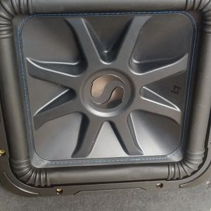 "12"" SUBWOOFER KICKERS 3000W 1500RMS BUEN ESTADO for Sale in Los Angeles, CA"