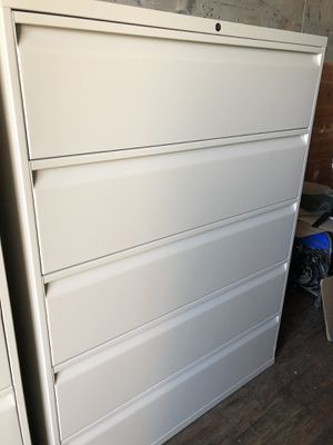 File cabinets with keys for Sale in Anchorage, AK