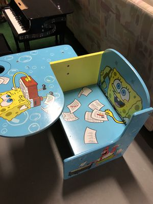Kids sponge Bob desk for Sale in Bloomfield Hills, MI