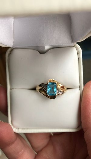 Ladies 10k yellow gold blue topaz and diamond ring for Sale in Naperville, IL