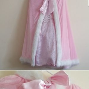 Beautiful 3 PC Princess & Royal Mantle Plus Doll Unicorn Costume for Sale in Fayetteville, NC