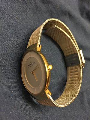 Genuine Skagen SKW2075 ladies slightly used quartz watch. Made in Denmark. local pickup only, I don't deliver , no PayPal cash only for Sale in Queens, NY