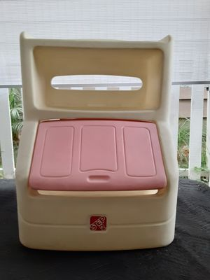 Kids toy chest storage for Sale in Norwalk, CA