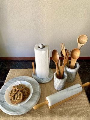 Marble kitchen ware for Sale in Ontario, CA