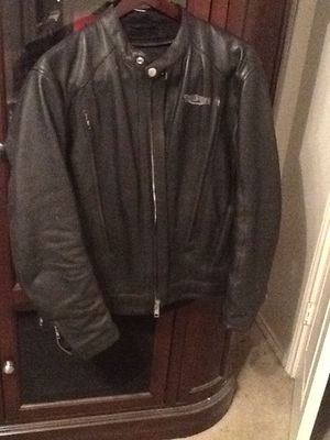 Leather motorcycle riding jacket (triumph brand) for Sale in Sachse, TX