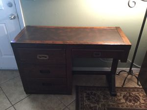 "Antique (Young & Hinkle) solid wood desk (46""Wide, 30"" tall, 18"" depth ) for Sale in Deltona, FL"