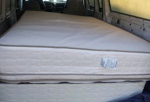 Semi new queen mattress and spring box for Sale in Fresno, CA