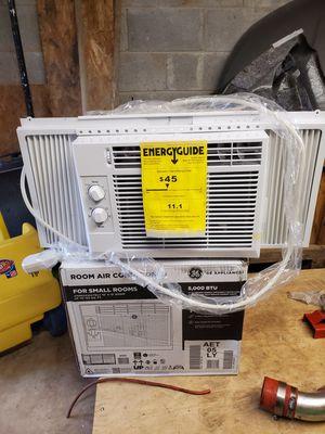 3 GE Ac window units 5000 BTU for Sale in Fairburn, GA