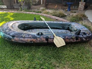 Intex Seahawk 2 inflatable boat with paddle for Sale in Phoenix, AZ