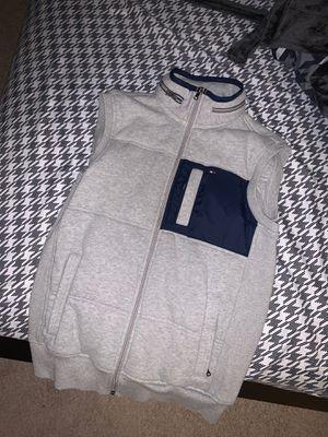 Tommy Hilfiger Sweater/Vest Size M men's for Sale in Clarksburg, MD
