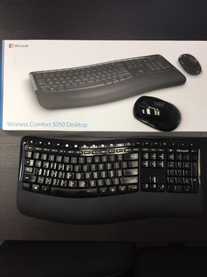 Wireless Computer Keyboard fully operational for Sale in Malden, MA