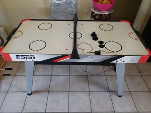 ESPN air powered hockey table 5ft brand new for Sale in Los Angeles, CA
