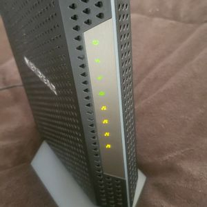 Netgear CM1200 — Nighthawk Multi-Gig Speed Cable Modem for Sale in Sarasota, FL