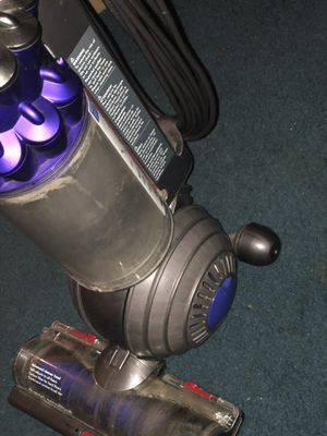 Dyson vacuum cleaner for Sale in Grand Prairie, TX