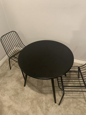 Metal Round kids table and 2 chairs for Sale in Fontana, CA