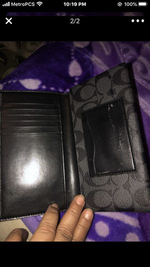 Coach wallet for Sale in Los Angeles, CA