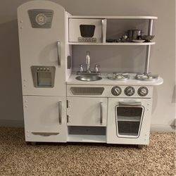 Kid Kraft kitchen for Sale in Seattle,  WA