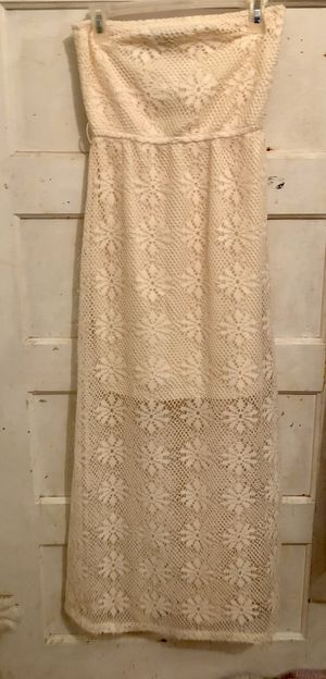 Ivory Strapeless Knit Dress size Med for Sale in Sanger, CA