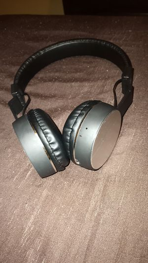 Beats 1 wireless Bluetooth headphones for Sale in Baltimore, MD