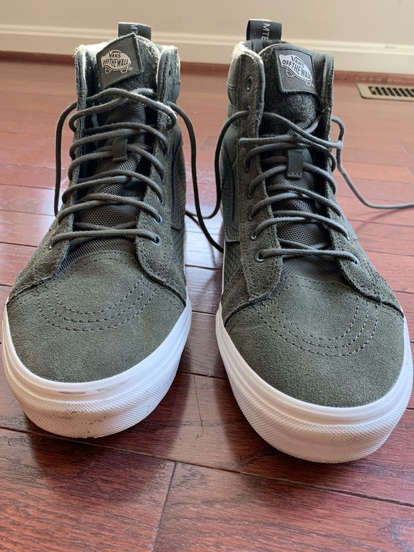 Hello, I received these shoes as a gift and I don't wear anything but Nike. They have literally never been worn but to try them on and are in new con