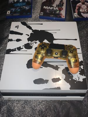 PS4 pro for Sale in Wahneta, FL