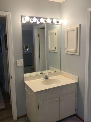 Free vanity top for Sale in Burnsville, MN