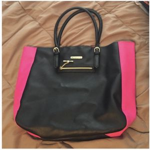 Juicy Couture Tote for Sale in St. Louis, MO
