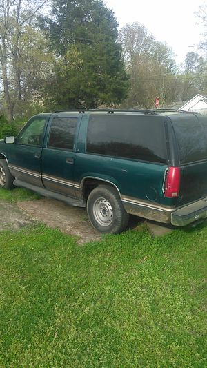96 Chevy suburban for Sale in Thomasville, NC