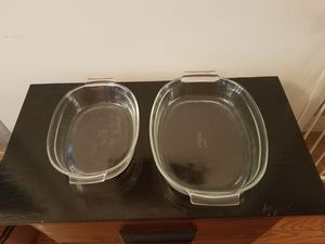 Pyrex dishes 2 sizes for Sale in Forest Hill, MD