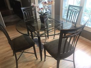 5 piece Wrought Iron Glass Top Dining Table for Sale in Upland, CA