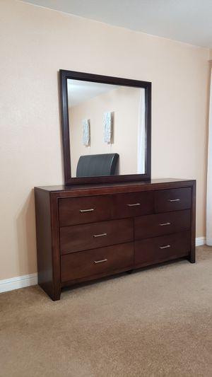 Queen Bedroom Set for Sale in Sacramento, CA