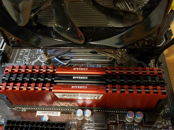 I5-7600k CPU, 24GBs RAMs, Cooler Master Hyper 212 Fan, and MSI Z270-A Pro Motherboard