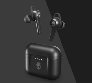 New SkullCandy Wireless Ear Buds Indy Fuel for Sale in Fort Lauderdale, FL