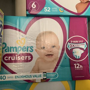 Diapers Size 3 for Sale in South El Monte, CA