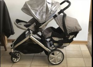 stroller with carseat britax good condition for Sale in Wildwood, MO