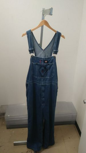 Dickies Overalls $10 Sz 38x30 at Zera Outlet 5303 E Colonial Dr suite g, Orlando, FL 32807 for Sale in Orlando, FL