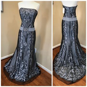 Grey Gown for Sale in FSTRVL TRVOSE, PA