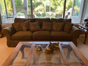 Olive green town & country couch and loveseat for Sale in Litchfield Park, AZ