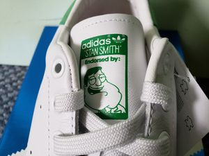 "Adidas Stan Smith ""American Dad!"" Neo White/Neo White/Green B24440 Size 9 for Sale in Seattle, WA"