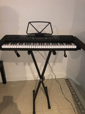 Hamzer 61-Key Electronic Piano Electric Organ Music Keyboard with Stand - Black for Sale in Miami, FL