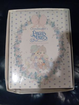 Precious Moments Grandmothers keepsake book for Sale in Brooksville, FL