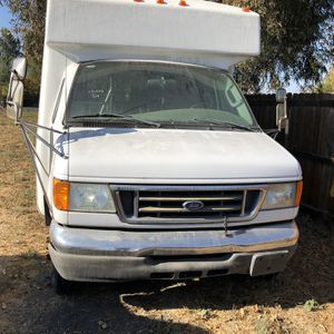 2007 Ford E-350 for Sale in Tracy, CA
