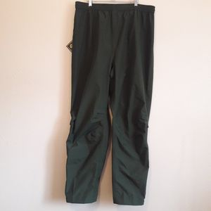 NWT Cabela's Pants for Sale in Lakewood, CO