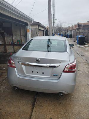 Nissan altima 2013 for Sale in Chicago, IL