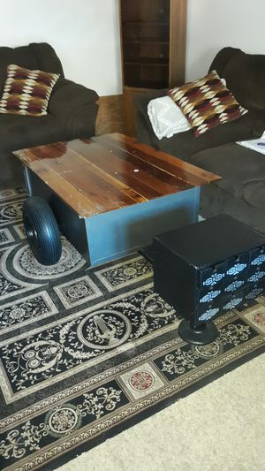 Coffee table on wheels one of a kind for Sale in Cashmere, WA