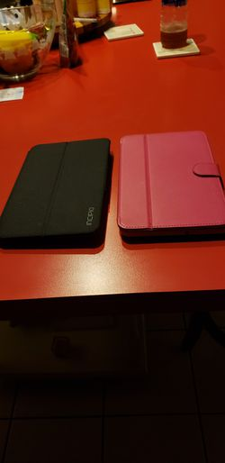 2 Samsung tablets used very little. Pick up in Keysville or Farmville for Sale in Farmville,  VA