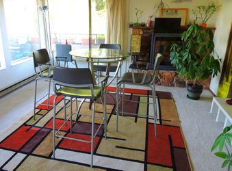 GLASS TABLE + breakfast barstools bar stools chairs for Sale in Seattle,  WA