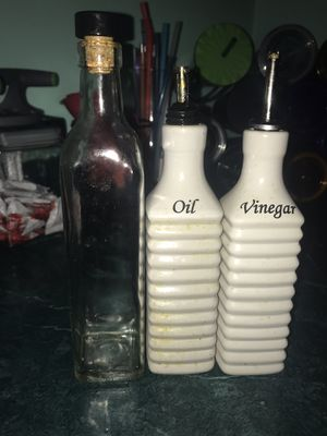 3 Kitchen Oil Containers ($5 for all 3) for Sale in Memphis, TN