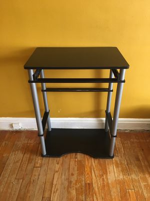 Console table for Sale in Parkville, MD